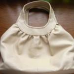 セシールの「ギャザー使い手さげバッグ」は思ったより大容量